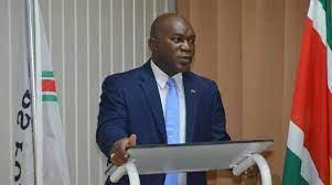 JusPol- Minister Kenneth Amoksi pleit voor criminaliteitsfonds